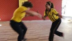 Mulheres usam roda de capoeira como espaço de luta pela igualdade