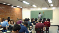 Professor fala sobre desafios de educar em 'tempos modernos'