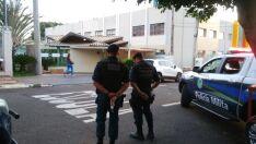 Criança de 9 anos efetua disparo de arma de fogo e se fere em escola da Capital