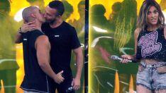 'Amor & Sexo' e 'Sob Pressão' tiveram beijo gay na mesma noite