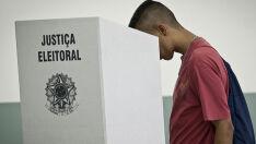 Votação no exterior é encerrada em 18 países