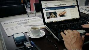 Jornal do Povo conquista ouvintes e passa a começar mais cedo