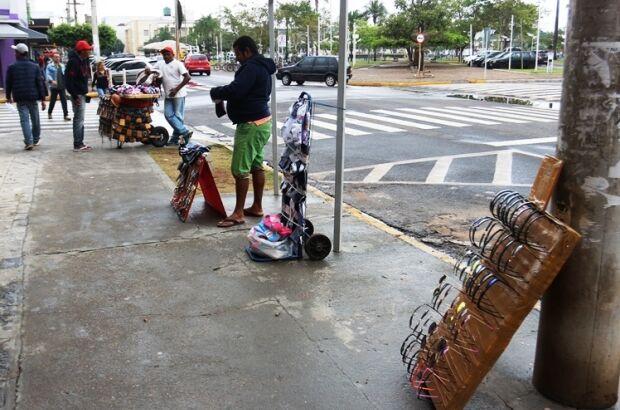 Prefeitura ampliará área de proibição para ambulantes