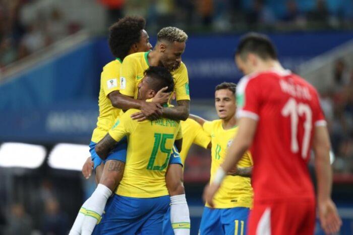 Seleção Brasileira vence a Sérvia por 2 a 0 e está nas oitavas