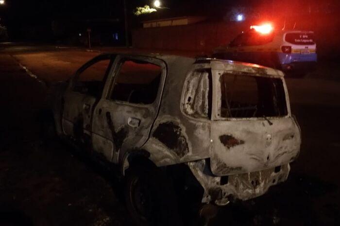 Polícia suspeita de incêndio criminoso no Bairro Santa Terezinha