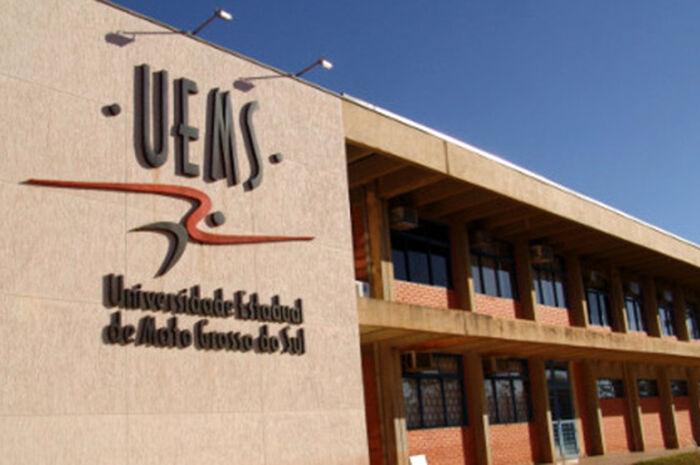 Continua aberto concurso público para professor e mestrado na Uems