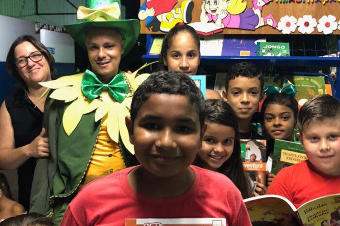 Projeto Cultura na Feira tem participação de alunos da 'João Luiz Pereira'