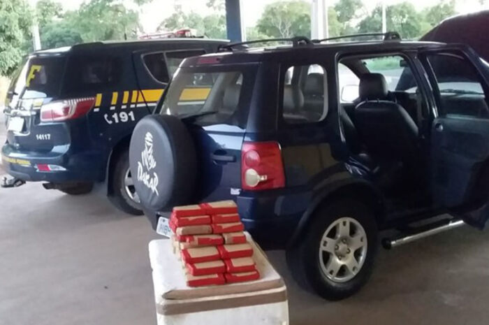 Motorista é preso pela PRF com 28kg de maconha