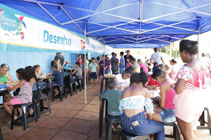 'Brincando na Praça' levou mais de 800 crianças ao Módulo Esportivo