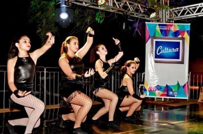 Com 20 apresentações artísticas, Sarau Cultural é opção de entretenimento