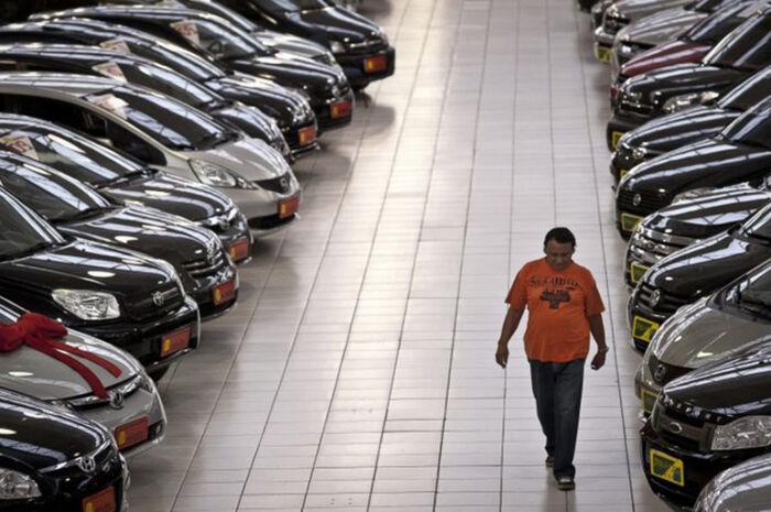 Vendas internas de veículos novos têm melhor resultado desde 2015