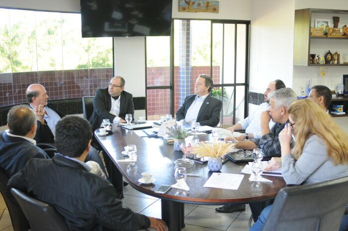 Representantes do Brasil, Chile, Argentina e Paraguai se reúnem para desenvolvimento do turismo no Corredor Bioceânico