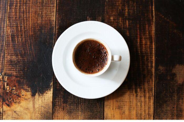 Café pode ajudar no combate do Parkinson e demência, diz estudo