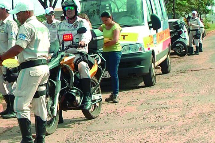 Agentes de trânsito são agredidos e ameaçados em Três Lagoas
