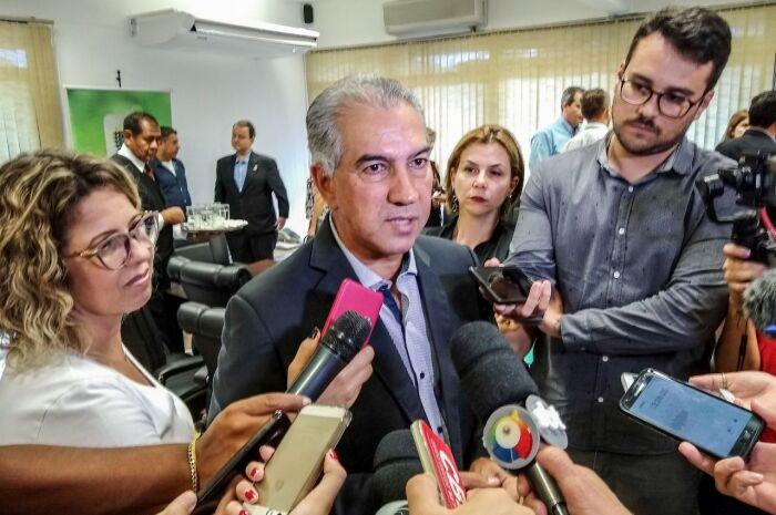 Fechamento de escolas não vai prejudicar qualidade do ensino, diz governador