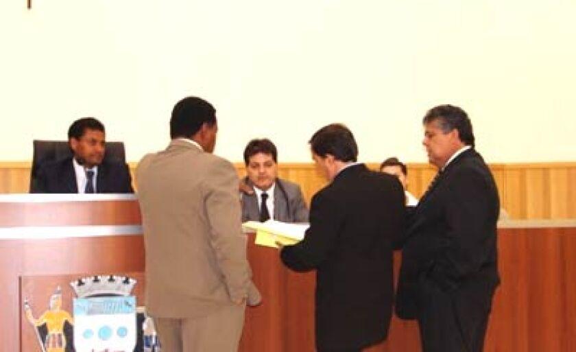 Vereadores no Plenário da Câmara Municipal