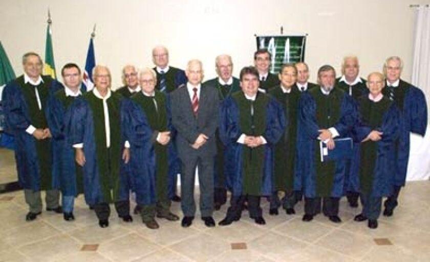 Membros da Academia de Medicina de Mato Grosso do Sul