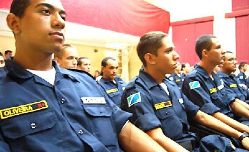 Turma de alunos de soldados da PM na palestra do Secretário de Segurança Pública