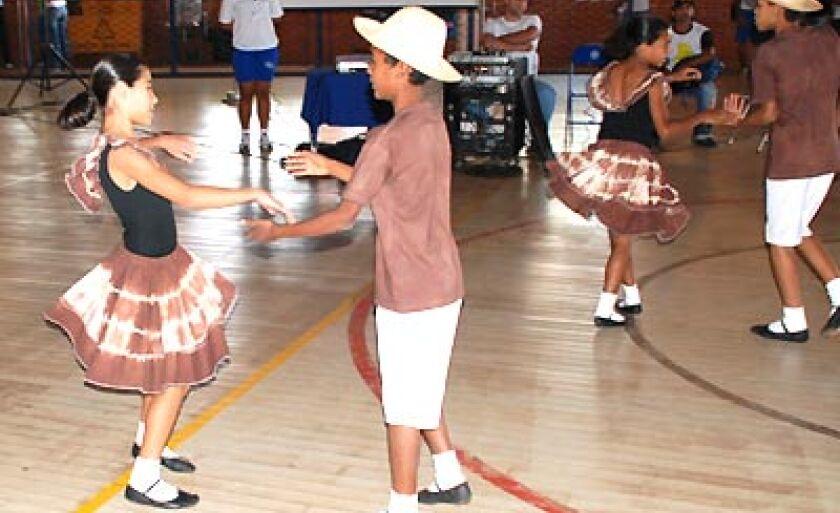 Atrações culturais estão previstas em escolas, ginásio da AABB e na quadra de esportes da Sejuvel, n