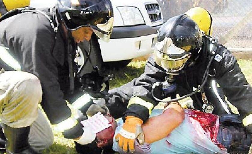 Vítima foi retirada do local e socorrida pelo Samu e Corpo de Bombeiros