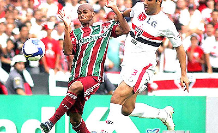 Contra o Fluminense o São Paulo só conseguiu arrancar um empate