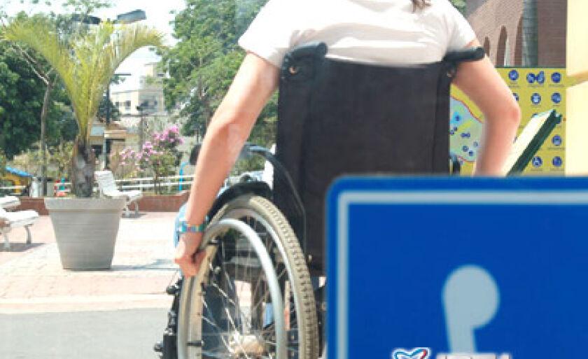 São poucos os pontos de acessibilidade para deficientes físicos na Cidade