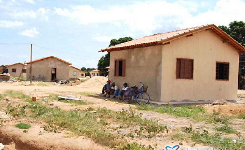 Casas estão sendo ocupadas temporariamente por trabalhadores