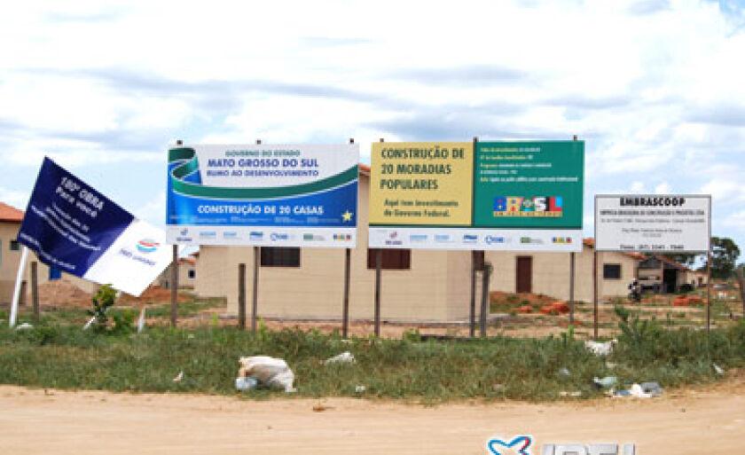 Em parceria com o governo do Estado e a União, a Prefeitura vem construindo casas populares na Cidade