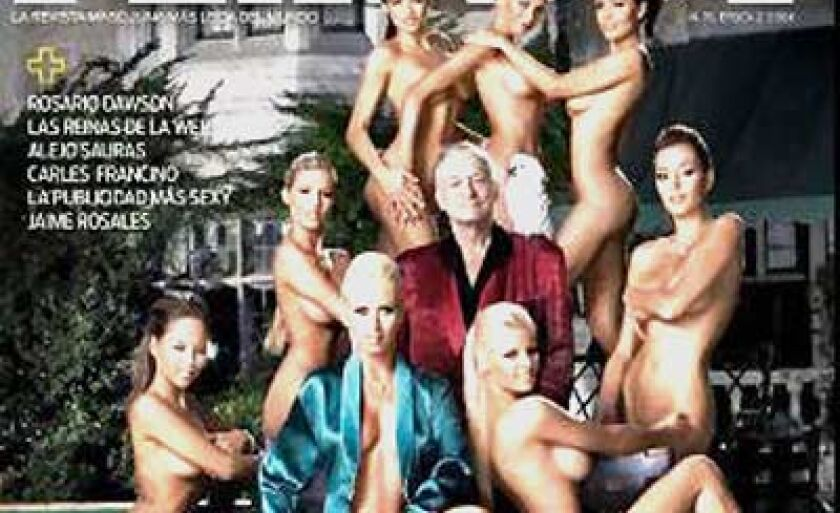 Hefner com as oito mulheres