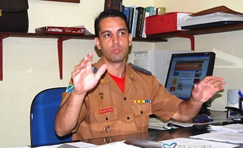 Major Luiz Antônio de Mello, comandante do 5º Grupamento do Corpo de Bombeiros