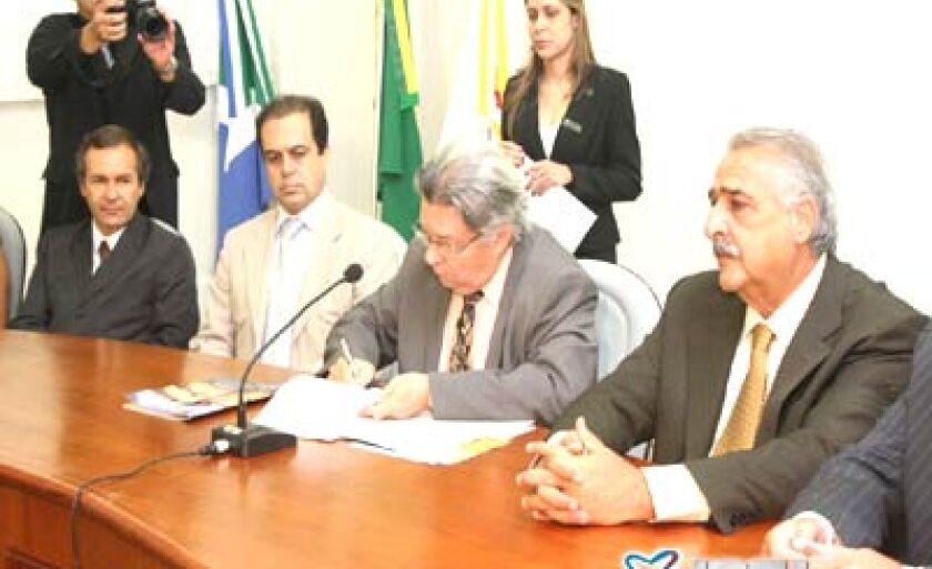 Procuradores celebram o Dia Nacional do Ministério Público lançando edição especial de Revista do MPE