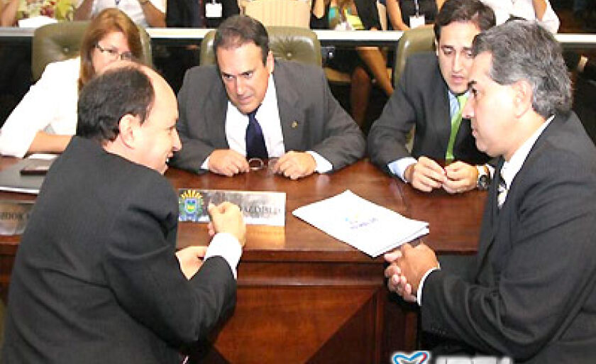 Deputados aprovam Orçamento e escolhem por eleição os membros da Mesa Diretora para o próximo biênio