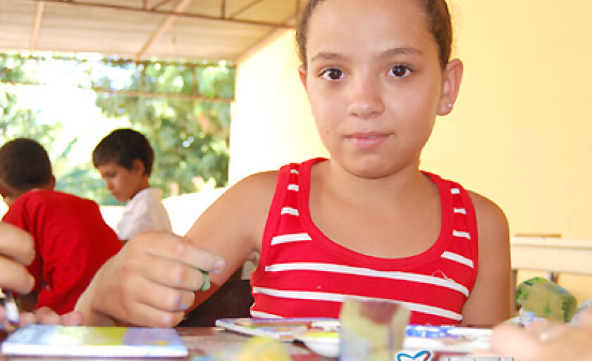 Crianças têm demonstrado gosto e até ficam ansiosas para ver o resultado final do trabalho de cada uma, comentou a Irmã Zélia