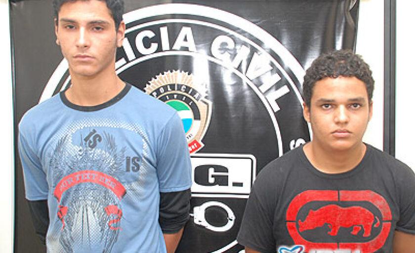 João Paulo Pereira Carneiro, 18 anos, e Rafael Antonio de Souza Costa, 19 anos, permanecem presos na carceragem da 1ª Delegacia de Polícia