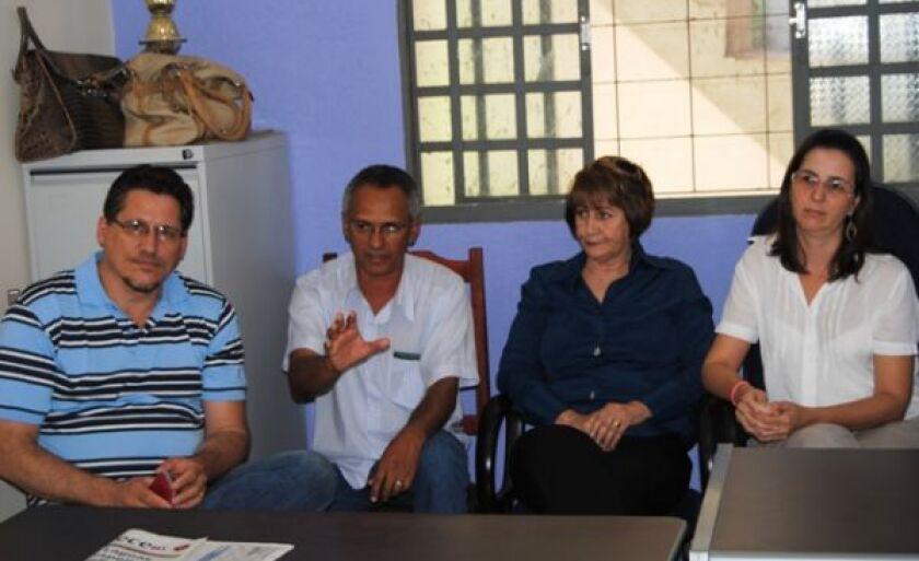 Cristiane Campos (dir), Lourdes Palhares, José Dias e João Petenati (esq)