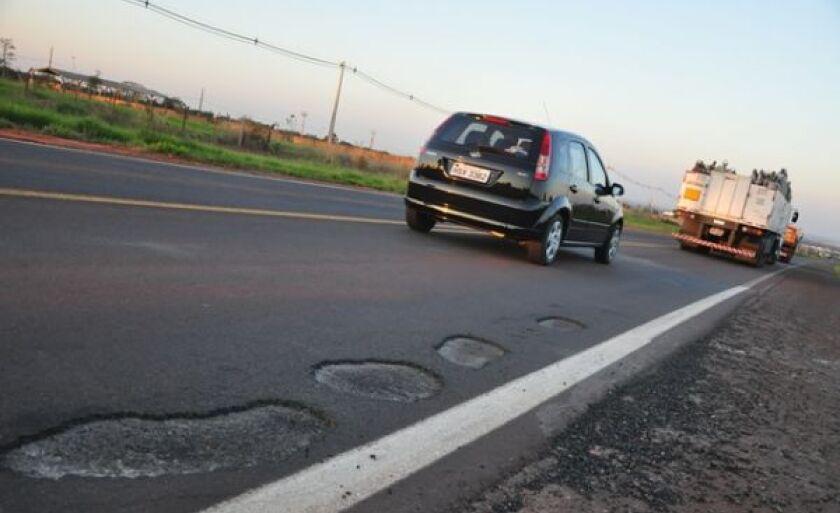 Projeto prevê ampliação dos acostamentos da rodovia