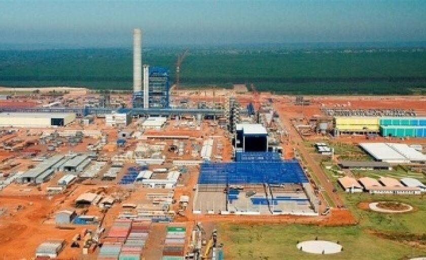 Vista aérea da fábrica de celulose da Eldorado em Três Lagoas na fase das obras civis
