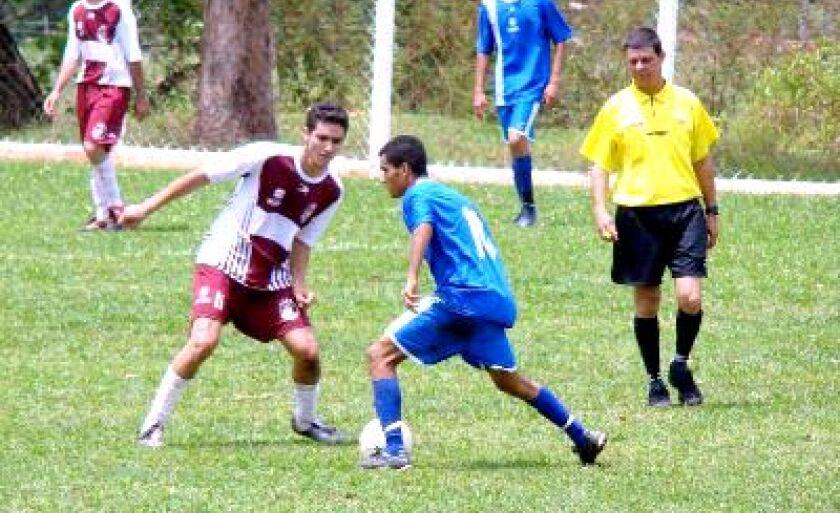Arapuá venceu o JK por 6 a 0 jogando em casa
