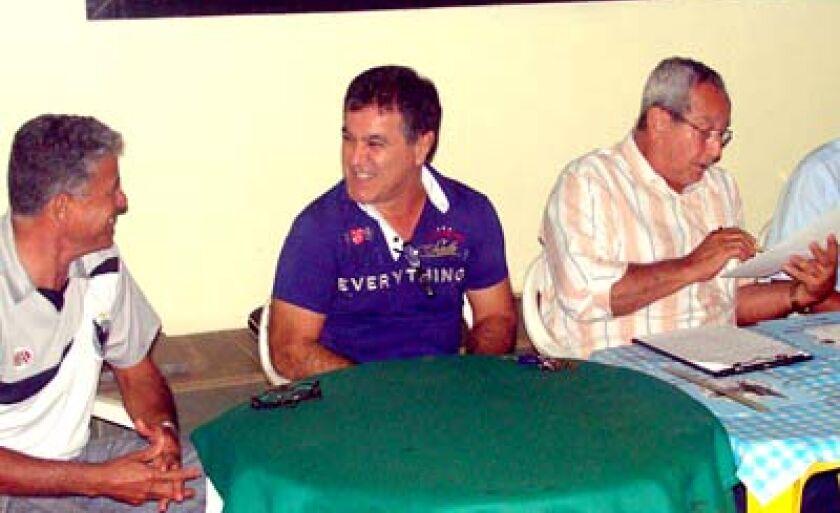 Teixeira (centro) rasgou elogios para os novos diretores