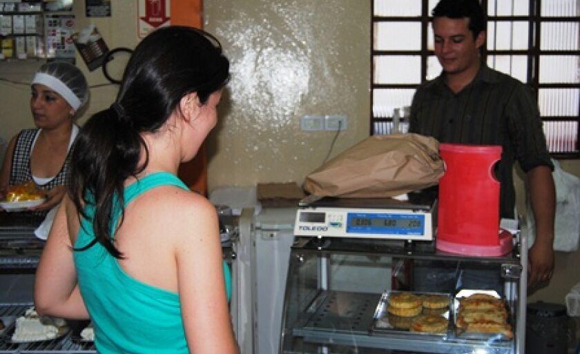 O quilo do pãozinho varia de R$ 6,80 a R$ 7,70 em Três Lagoas