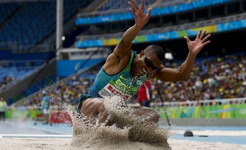 Atleta da modalidade salto em distância, Ricardo Costa