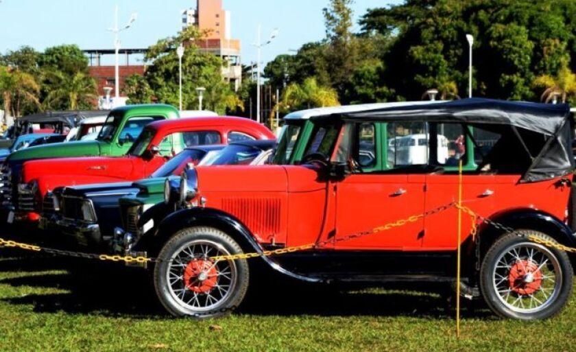 Encontro de Carros Antigos deve ter 200 veículos em exposição