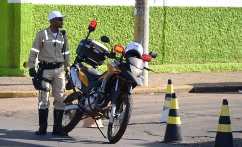 Devido acidentes de trânsito, agentes vão trabalhar nas noites de sextas-feiras