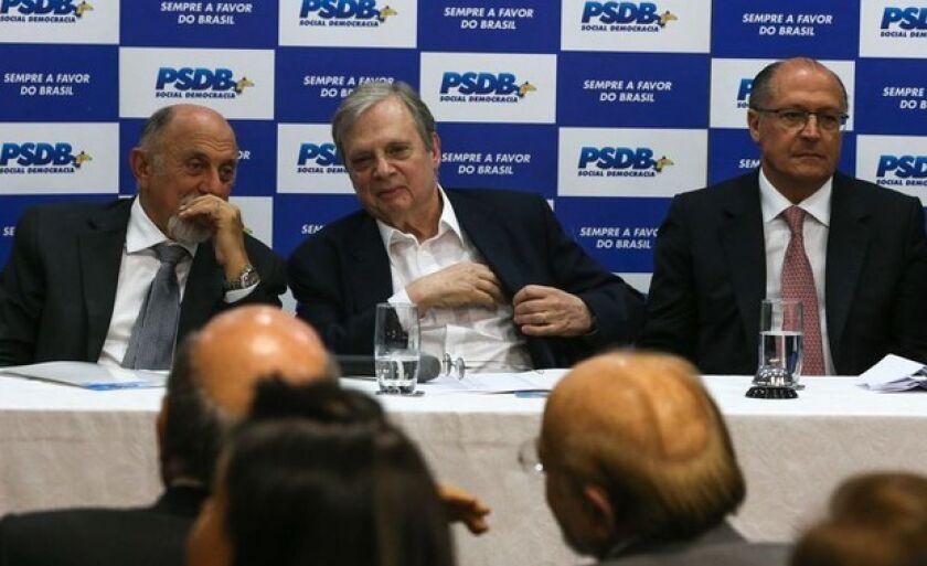Simão Jatene, Tasso Jereissati e Geraldo Alckmin participam da reunião da Executiva Nacional do PSDB