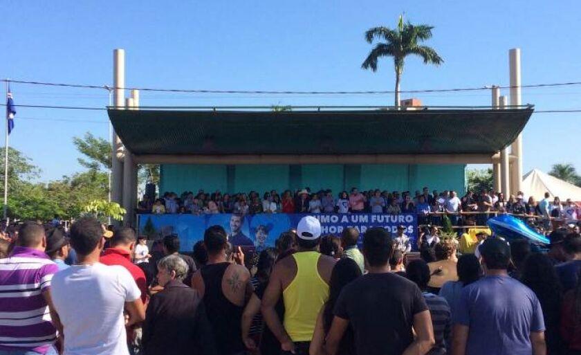 """Nesta quinta-feira, 15 de junho, Três Lagoas, conhecida já como a """"capital de celulose"""", comemora 102 anos. A população foi às ruas celebrar e acompanhar o tradicional desfile cívico."""