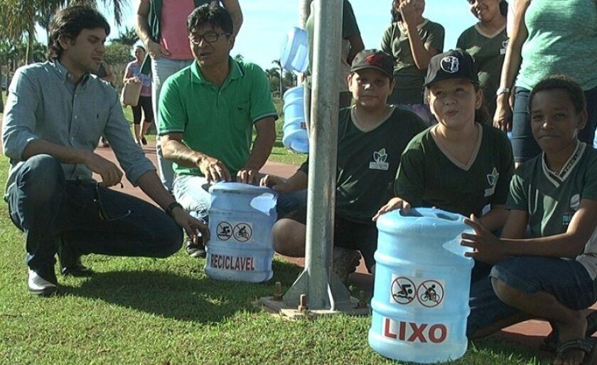 Crianças da rede municipal de ensino participaram da ação ecológica