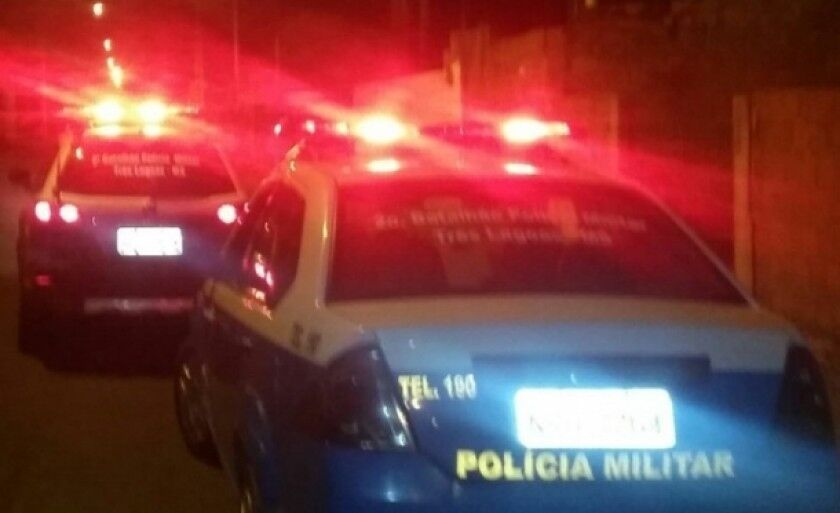 Policiais da Rádio Patrulha prenderam o suspeito