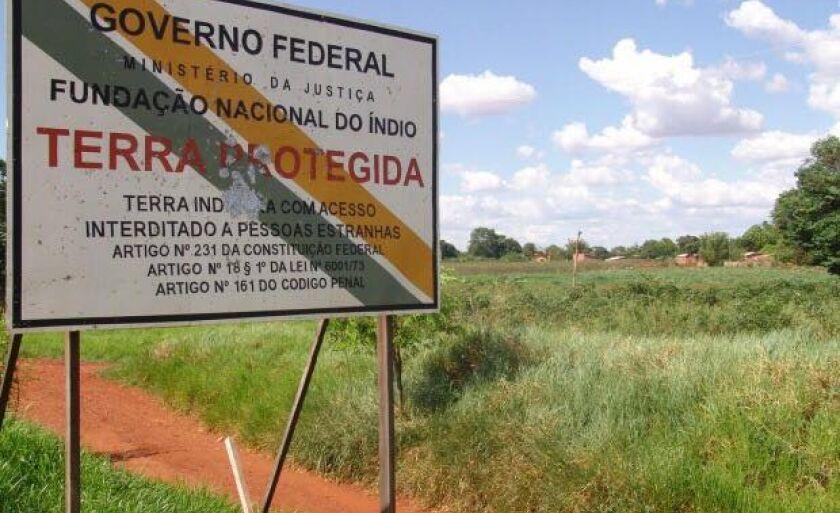 A ação ocorre na aldeia indígena da reserva de Dourados-MS.