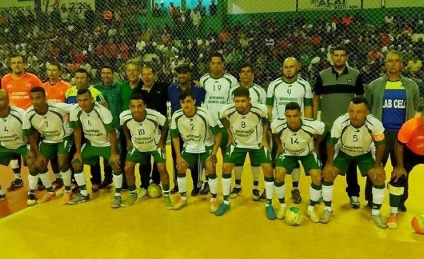 Torcida lotou Ginásio de Esportes Municipal e vibrou com a classificação do time da casa