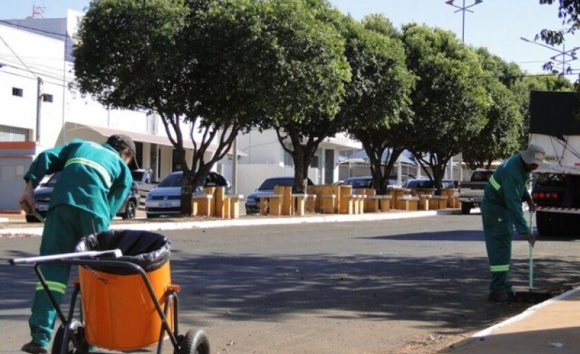 Os varredores de rua são albergados do Sistema Prisional de Paranaíba